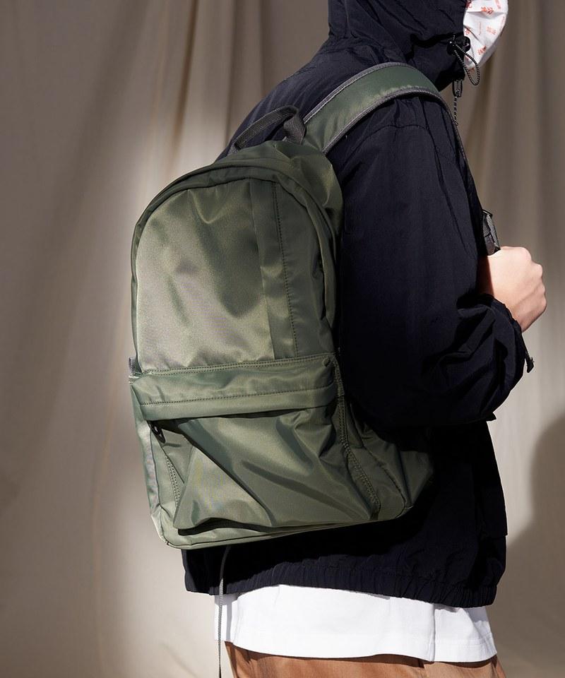 COP3035 PM光澤感尼龍後背包