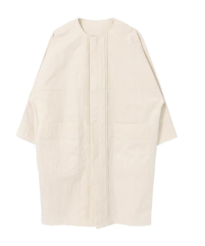 KBF1112 正面打褶寬版大衣
