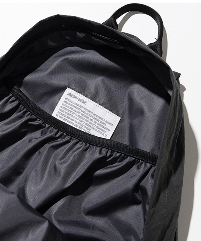 UNB3003 day pack 25L 後背包