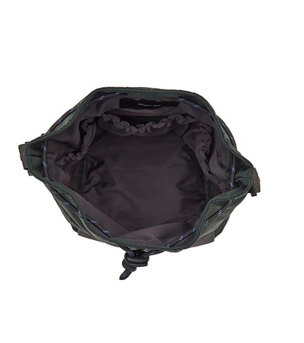 COP3030 防潑水拼接水桶包 (中)