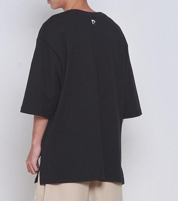 CRV0049 pierre cardin x plain-me 經典LOGO刺繡長版開衩中磅TEE