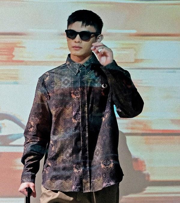 FRP0208 M9607 PRINTED CORD SHIRT 圖騰設計燈心絨襯衫