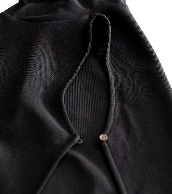 MCM9973 蜂巢針織綁帶背心