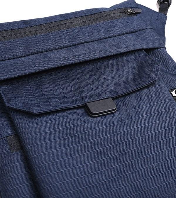 OQQ3005 dob two way sacoche bag