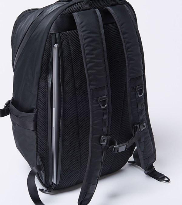 RMD3030 後背包 BLACK BEAUTY BY FRAGMENT DESIGN BACKPACK (M)